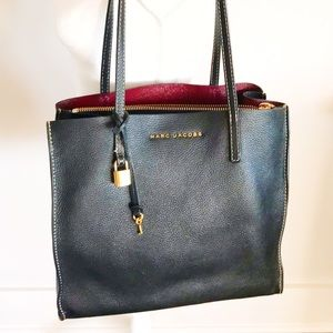 Marc Jacobs The Grind Tote with Dust Bag